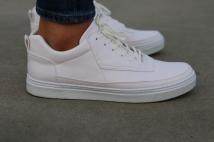 sneaker full white