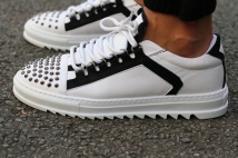 sneakers white studs