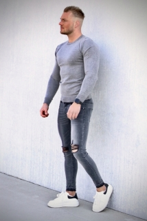 pull grey
