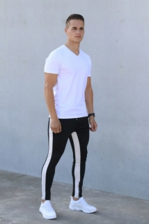 t-shirt simply white