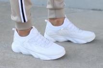sneacker white